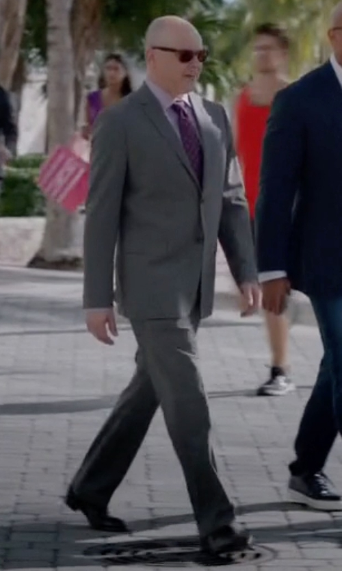 Rob Corddry with Cole Haan Warren Cap-Toe Leather Oxford Shoes in Ballers