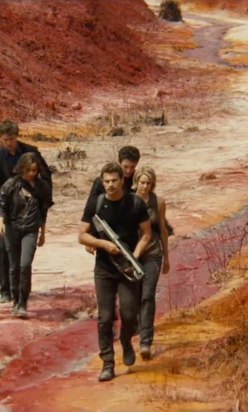 Theo James with Frye Warren Combat Boots in The Divergent Series: Allegiant