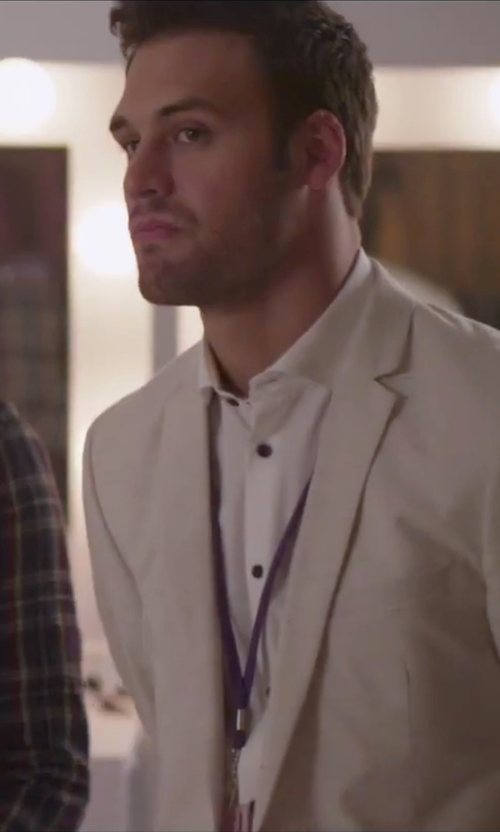 Ryan Guzman with Calvin Klein Slim-Fit Solid Performance Dress Shirt in Jem and the Holograms