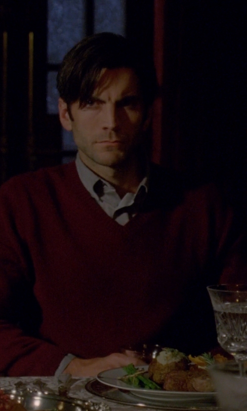Wes Bentley with Burberry Brit 'Dockley' V-Neck Wool Sweater in American Horror Story