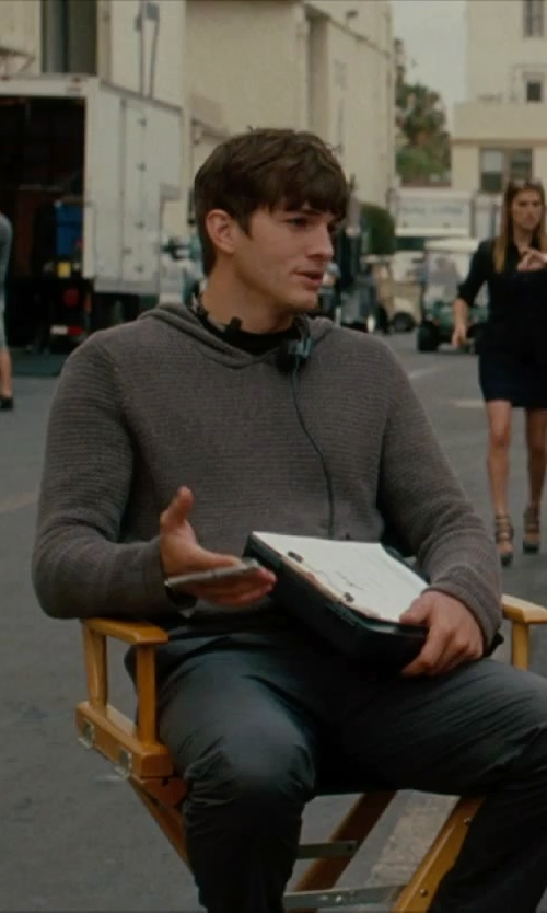 Ashton Kutcher with Plantronics Audio 326 Stereo PC Headset in No Strings Attached