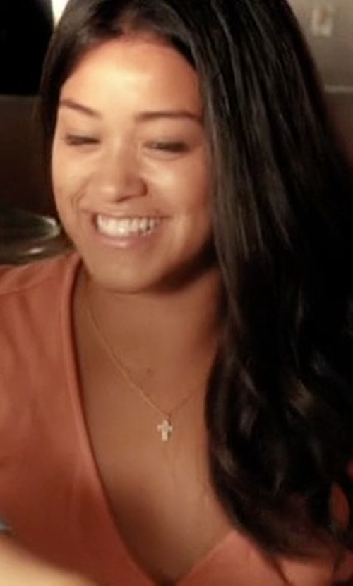 Gina Rodriguez with Roberto Coin  Cross Necklace in Jane the Virgin