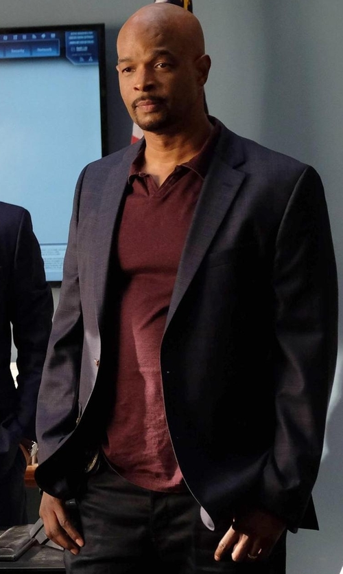 Damon Wayans with Armani Collezioni Textured Two-Button Jacket in Lethal Weapon