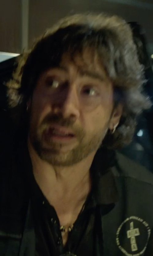 Javier Bardem with Generous Gems Tiger's Eye and Turquoise Necklace in The Gunman