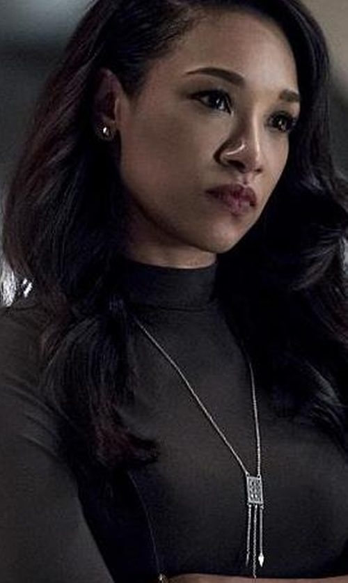Candice Patton with Kendra Scott Cheska Lariat Necklace in The Flash