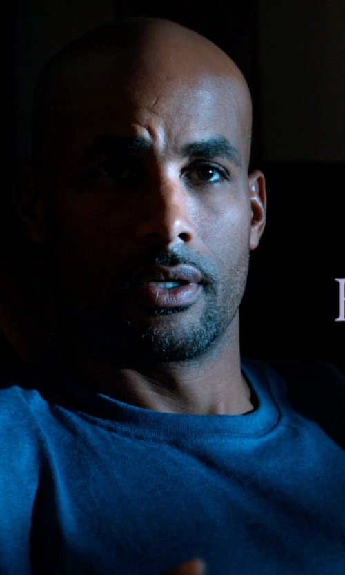 Boris Kodjoe with Club Room Short Sleeve Solid Performance Crew Neck T-Shirt in Addicted