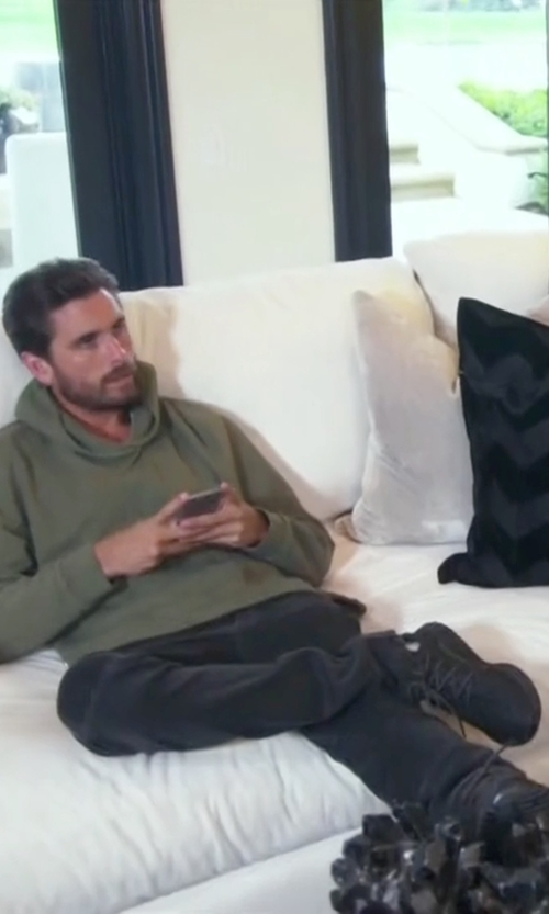 Scott Disick with MCQ Puma Low-Top Sneakers in Keeping Up With The Kardashians