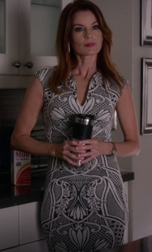 Laura Leighton with Ted Baker  Sancha Jacquard Midi Dress in Pretty Little Liars