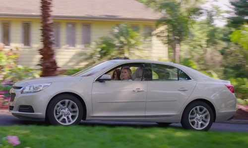 Amy Poehler with Chevrolet Cruze Sedan in Sisters