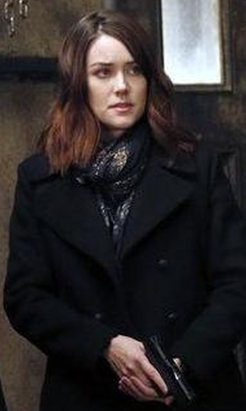 Megan Boone with Johnny Was Timmie Printed Silk Scarf in The Blacklist