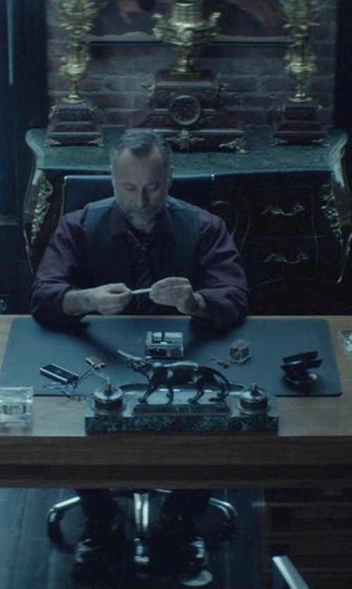 Michael Nyqvist with The Orleans Executive Desk in John Wick