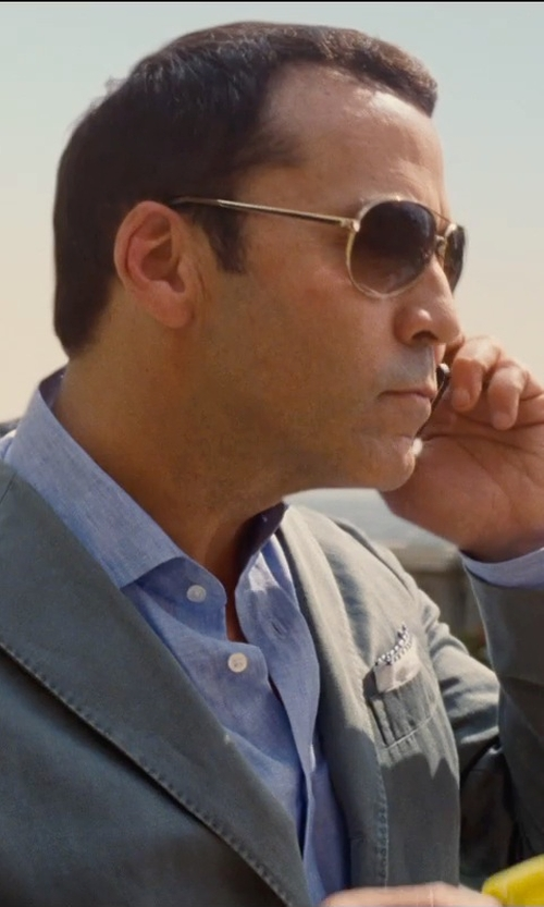 Jeremy Piven with Simonnot Godard Linen Pocket Square in Entourage