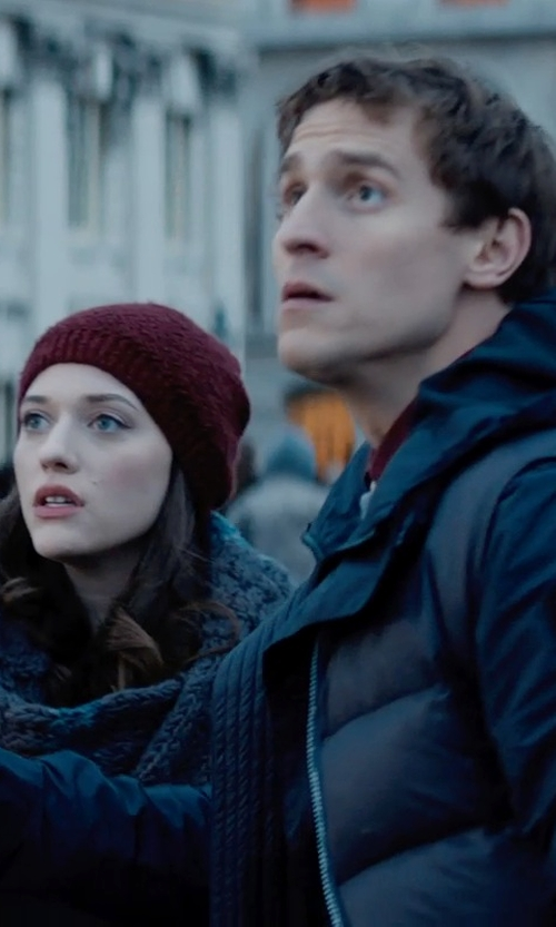 Kat Dennings with Broner Ragg Wool Beanie in Thor: The Dark World