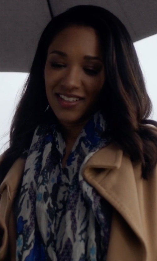 Candice Patton with Treasure&Bond 'Midnight Mix' Dip Dye Scarf in The Flash