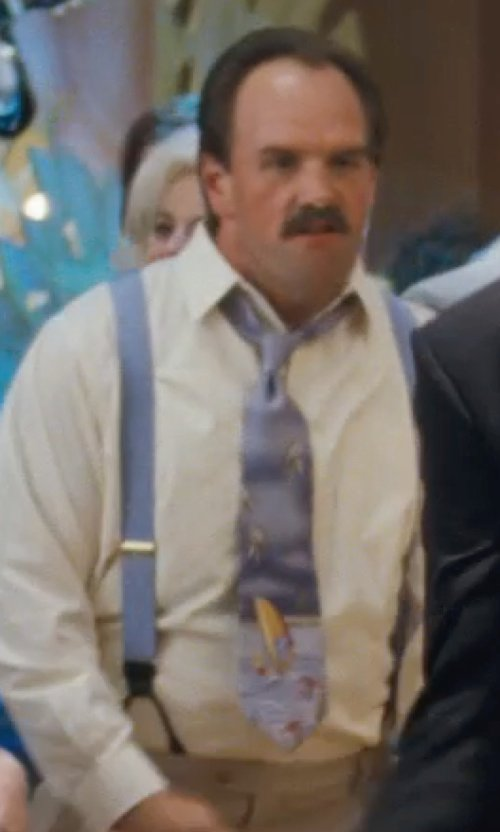 Ethan Suplee with Trafalgar Men's Brentwood Paisley Brace Suspender in The Wolf of Wall Street