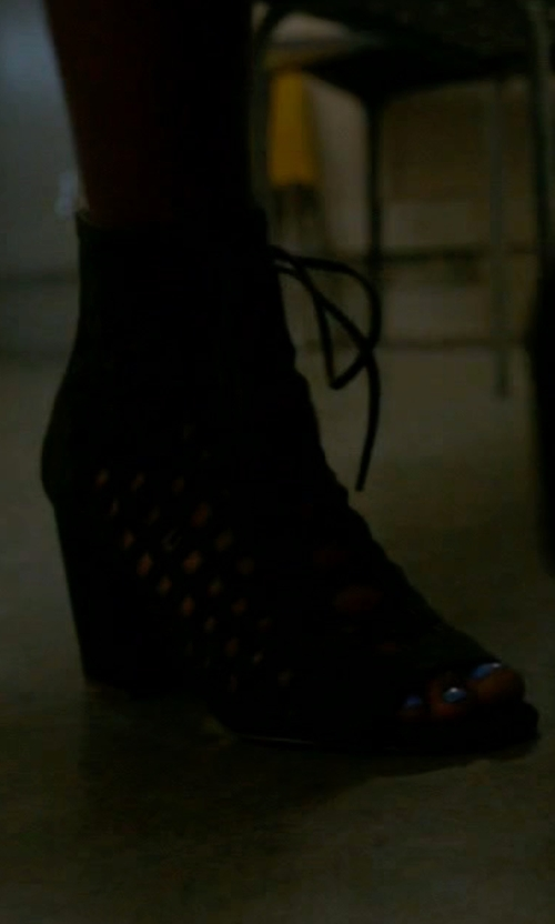 Keke Palmer with Steve Madden Denay Boots in Scream Queens