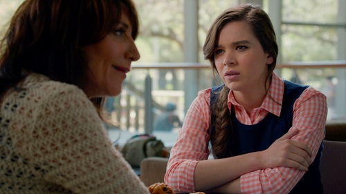Hailee Steinfeld with C. Wonder Navy Blue Vest in Pitch Perfect 2
