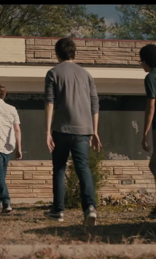 Nat Wolff with Roberto Collina Crew Neck Sweater in Paper Towns