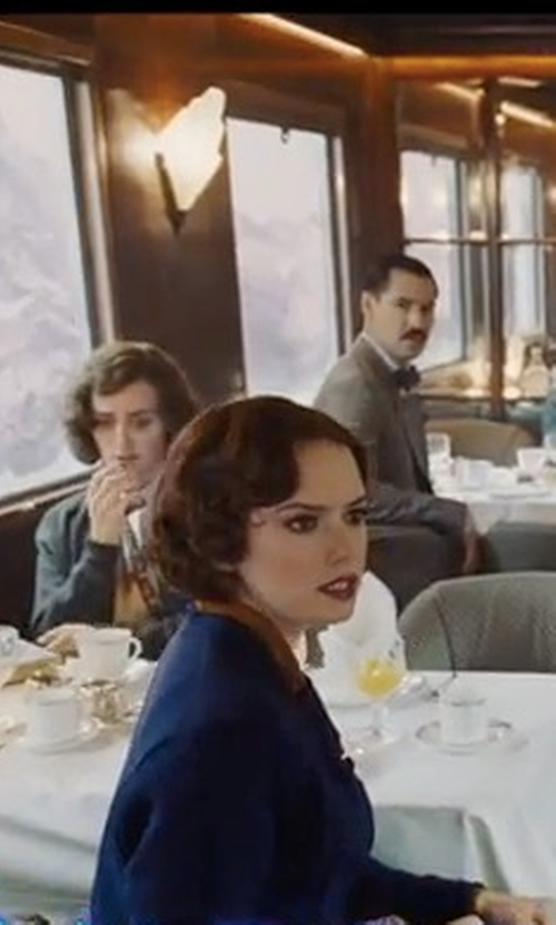 Daisy Ridley with Weekend Max Mara Ozieri Doppio Coat in Murder on the Orient Express