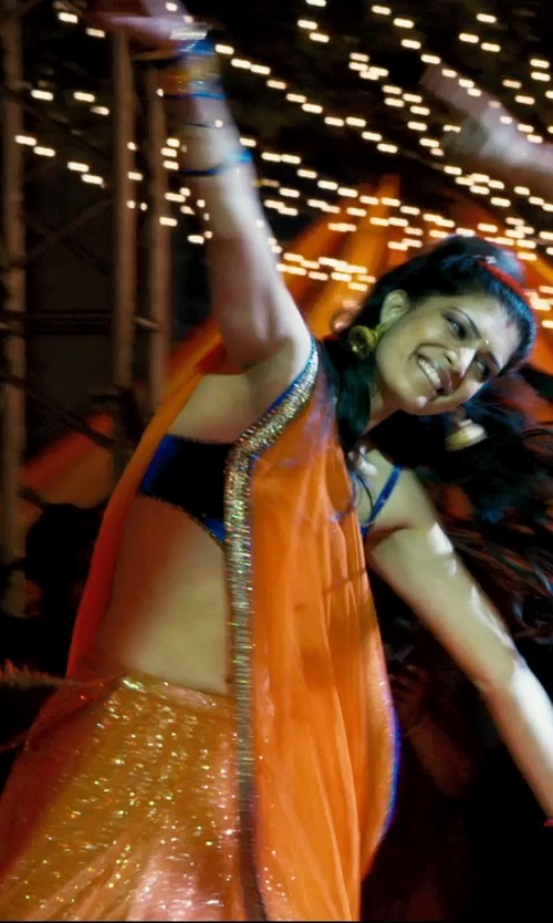 Tena Desae with Utsavfashion Pure Matka Silk Bengal Handloom Saree in The Second Best Exotic Marigold Hotel