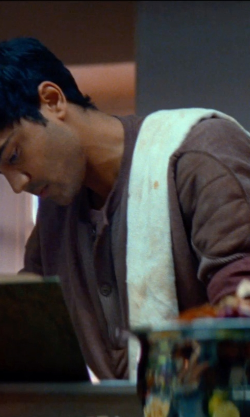 Manish Dayal with Martex Hand Towels in The Hundred-Foot Journey