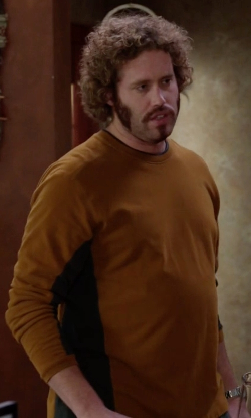T.J. Miller with Michael Kors Cashmere Crewneck Sweater in Silicon Valley