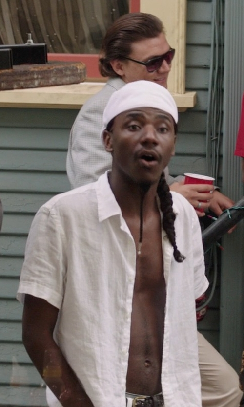 Jerrod Carmichael with Perry Ellis Short Sleeve Solid Linen Shirt in Neighbors
