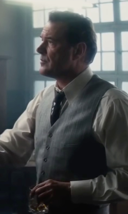 Sebastian Koch with DKNY New Deal Solid Slim Tie in Bridge of Spies