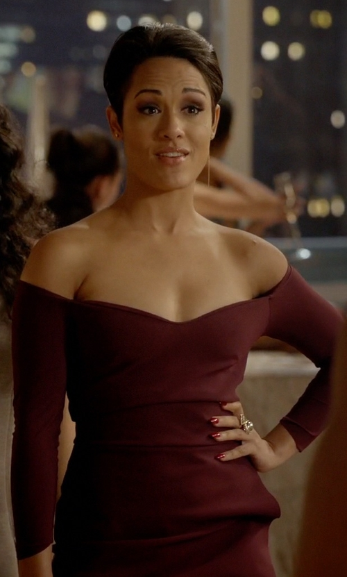 Grace Gealey with Chiara Boni 'Claretta Mm' Jersey Sheath Dress in Empire