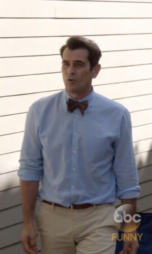 Ty Burrell with J.Crew Slim Lightweight Vintage Oxford Cloth Shirt in Modern Family