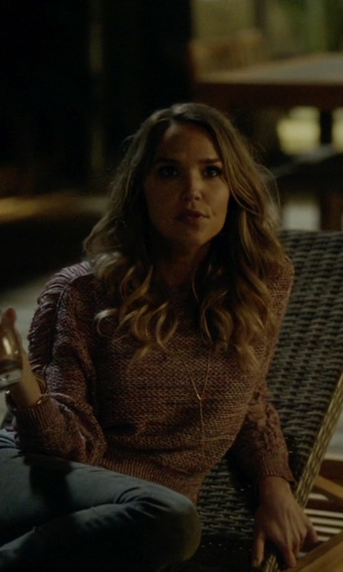 Arielle Kebbel with Sugar Bean Jewelry 'Matchstick' Y-Necklace in Ballers