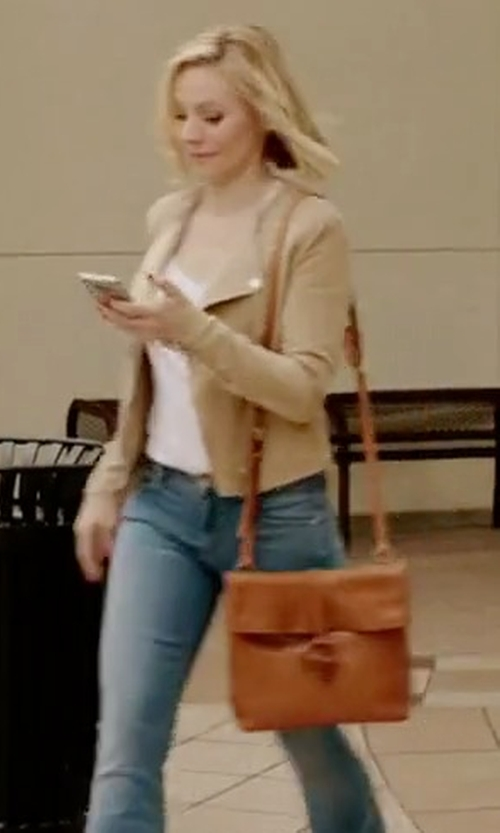 Kristen Bell with Lucky Brand Dylon Messenger Bag in The Good Place