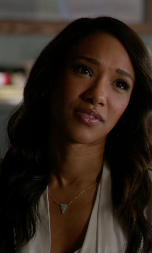 Candice Patton with Forever 21 Faux Stone Pendant Necklace in The Flash