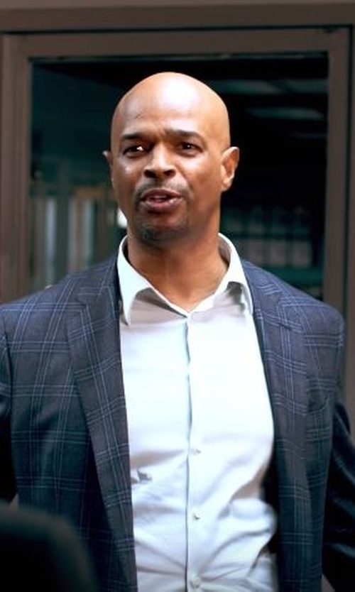 Damon Wayans with Giorgio Armani Triple Windowpane Sport Coat in Lethal Weapon