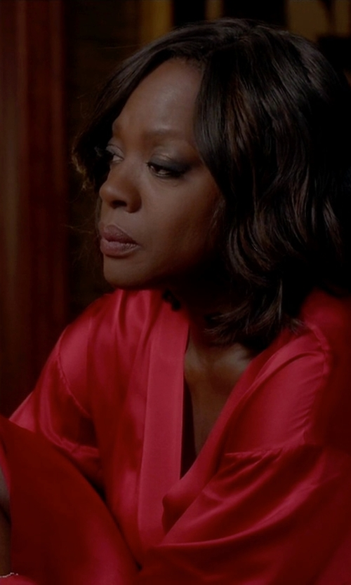 Viola Davis with La Perla Maison Lace-Trim Long Robe in How To Get Away With Murder