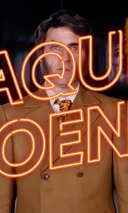 Joaquin Phoenix with Nordstrom 'Generous' Paisley Silk Tie in Inherent Vice