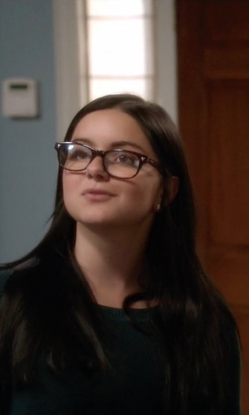 Ariel Winter with Kate Spade New York 'Rebecca' Reading Glasses in Modern Family