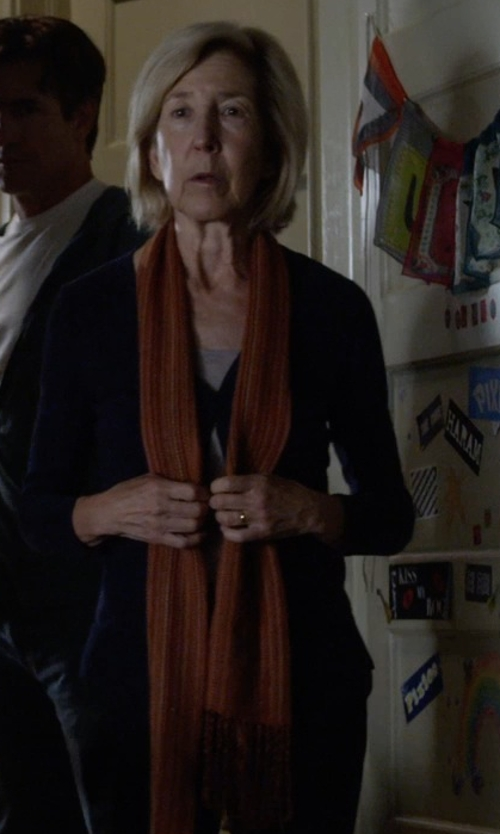 Lin Shaye with Vero Moda Oblong Scarf in Insidious: Chapter 3