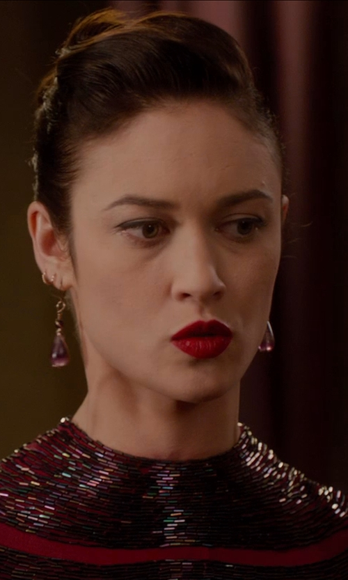 Olga Kurylenko with BLACK PEARL Teardrop Earrings in Vampire Academy