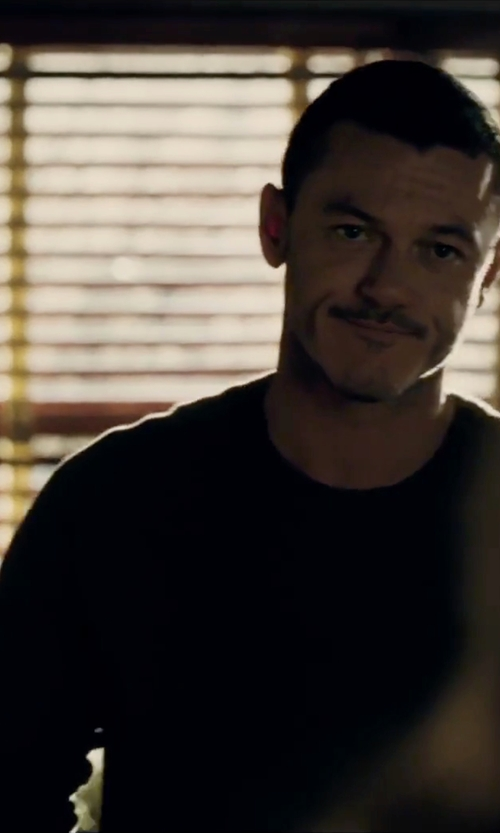 Luke Evans with Vengera Crew Neck Sweater in The Girl on the Train
