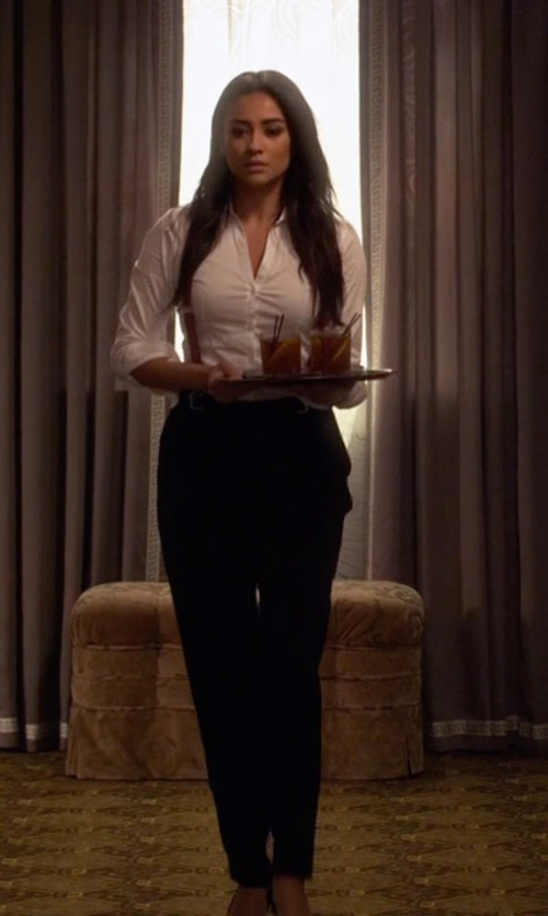 Shay Mitchell with Sandro Pacifik Pleated Pants in Pretty Little Liars