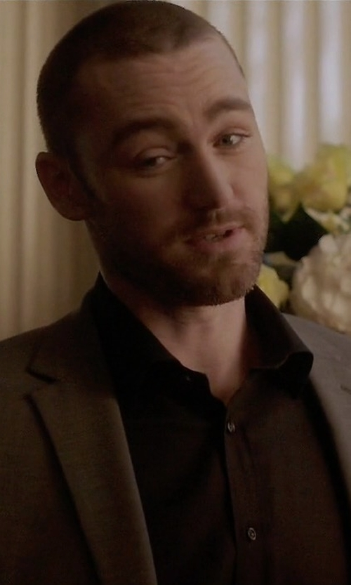 Jake McLaughlin with Boss Fresco Wool Two-Piece Travel Suit in Quantico