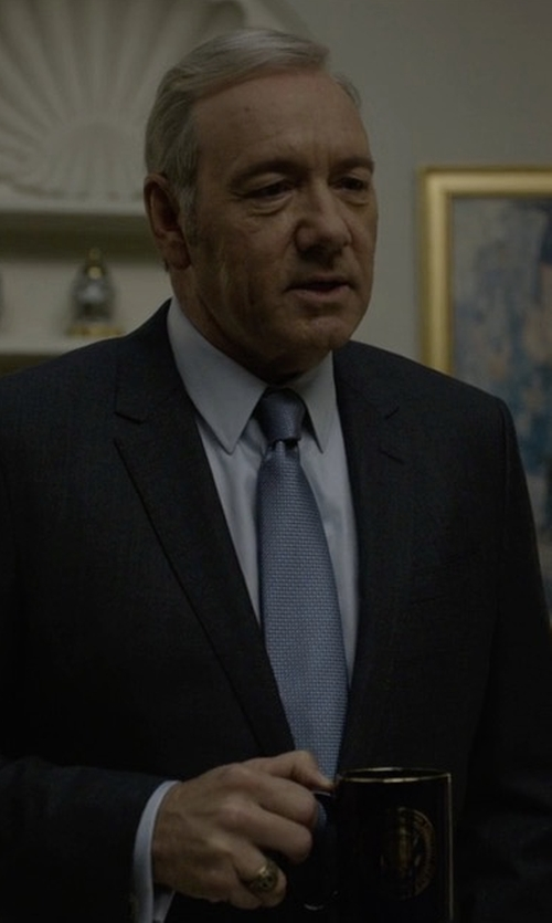 Kevin Spacey with Giorgio Armani Soft Basic Two-Piece Suit in House of Cards