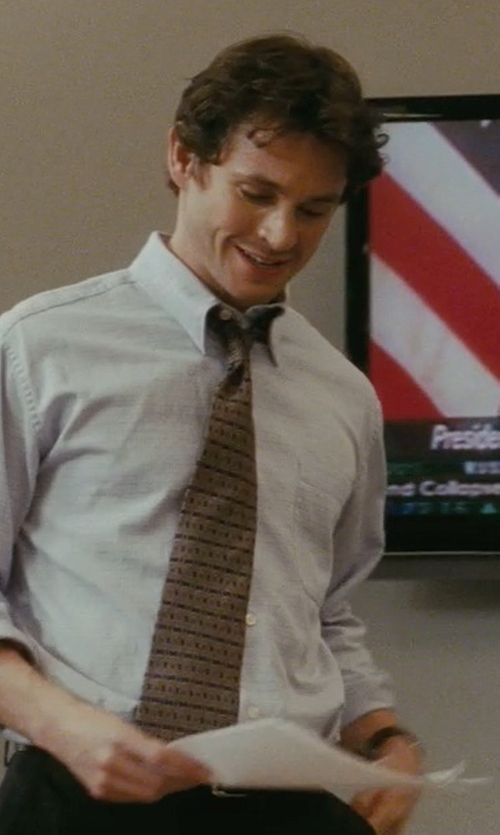 Hugh Dancy with Armani Collezioni Stripe Tie in Confessions of a Shopaholic