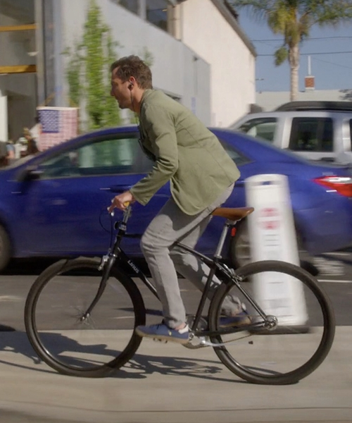Will Arnett with Linus Rover 1 Single-Speed Freewheel Bicycle in Flaked