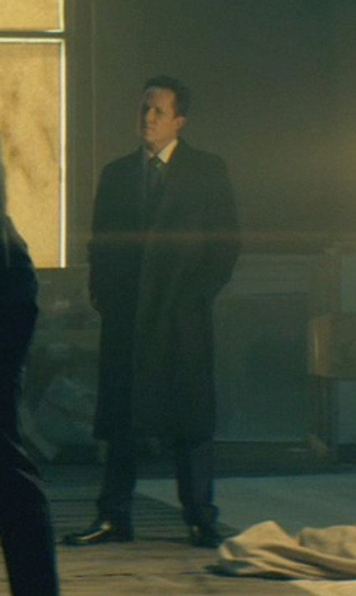 Dean Winters with Prada Apron Front Leather Oxfords Shoes in John Wick