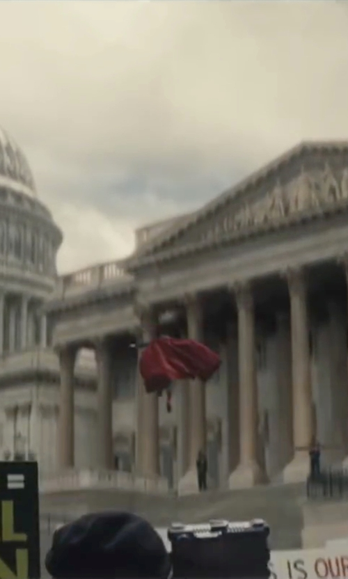 Henry Cavill with United States Capitol Washington, D.C. in Batman v Superman: Dawn of Justice