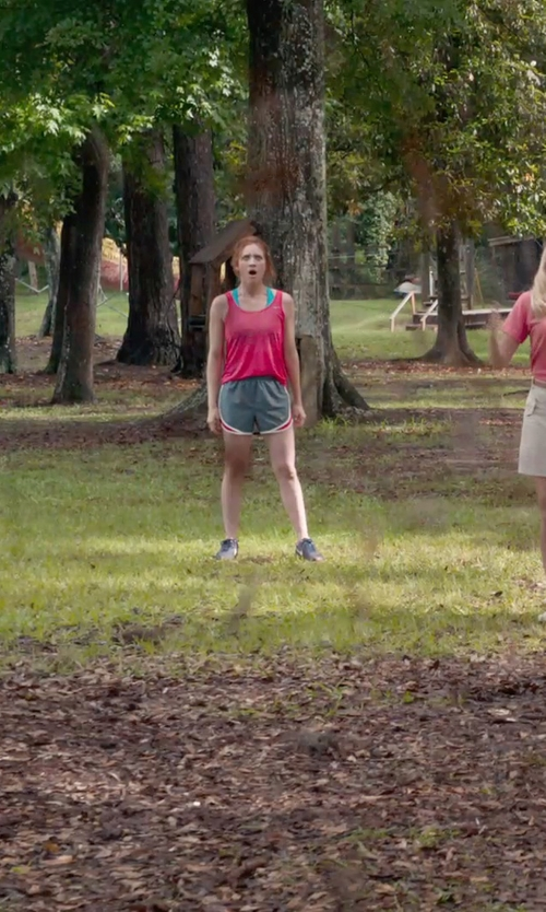 Brittany Snow with Nike LunarGlide 6 Running Shoe in Pitch Perfect 2