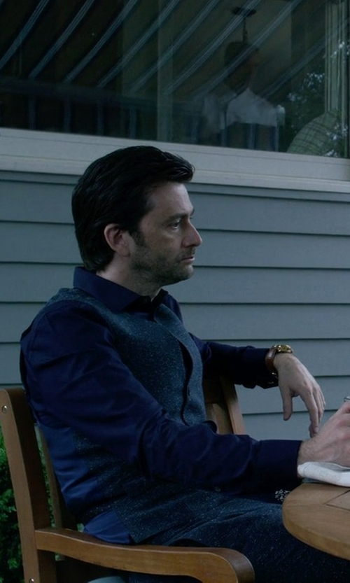David Tennant with Ermenegildo Zegna Solid Woven Button-Down Shirt in Jessica Jones