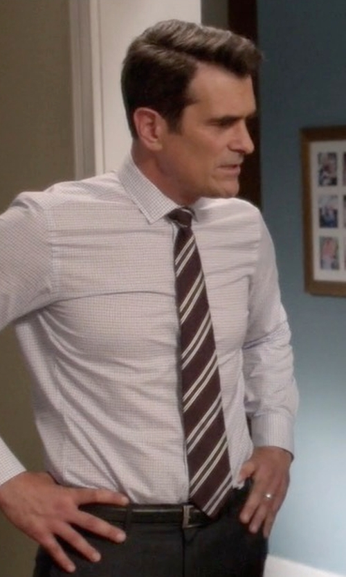 Ty Burrell with David Donahue Stripe Silk Tie in Modern Family
